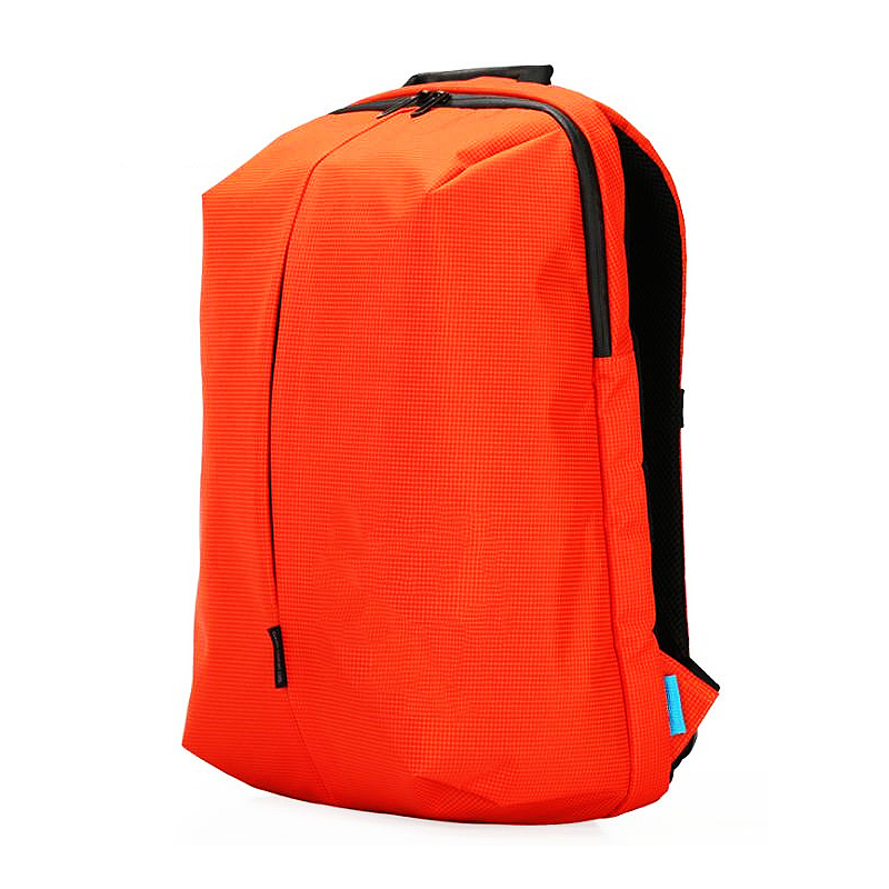 Lightweight backpack for water splashing, large capacity
